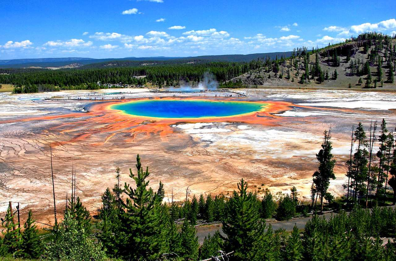 Colin Scott – The man who fell into a boiling, acidic pool in Yellowstone and dissolved! 4