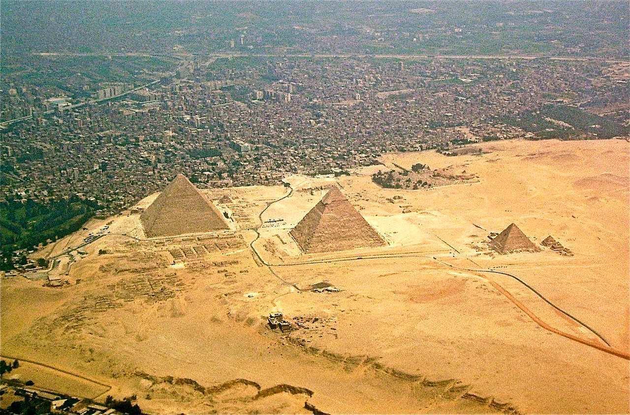 Advanced machines of unknown origin mentioned in a 440 BC text may have helped to build the pyramids of Egypt 7