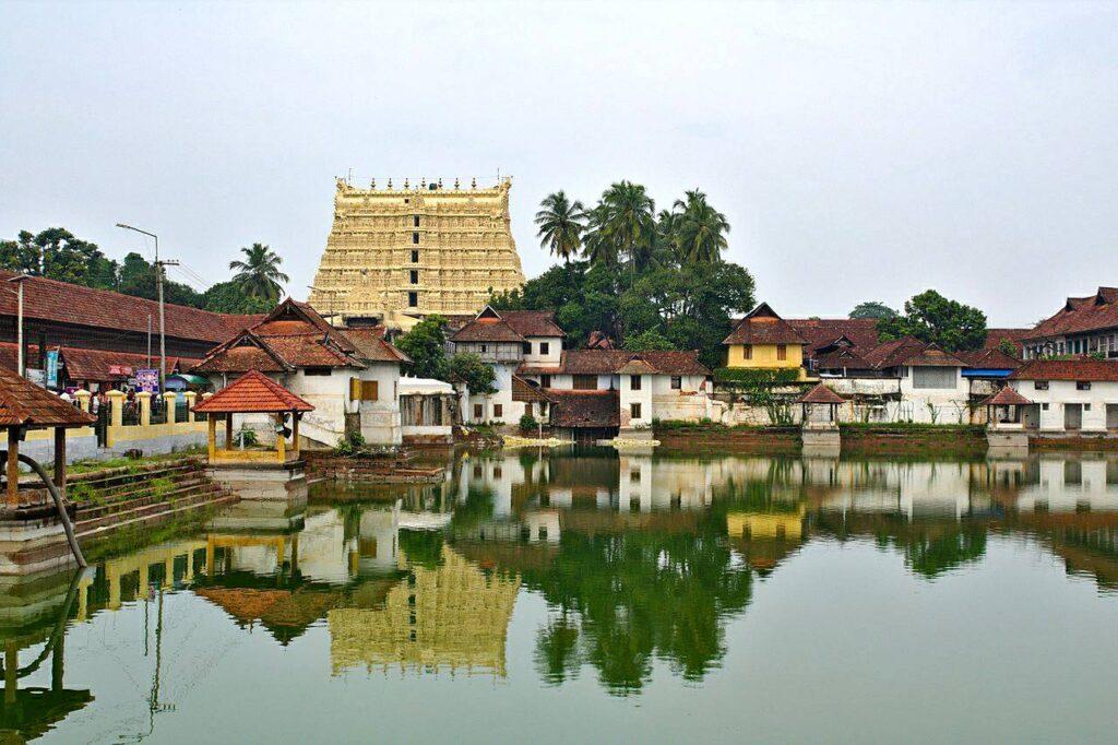 Padmanabhaswamy Temple, Thiruvananthapuram, Kerala, India © Wikimedia Commons