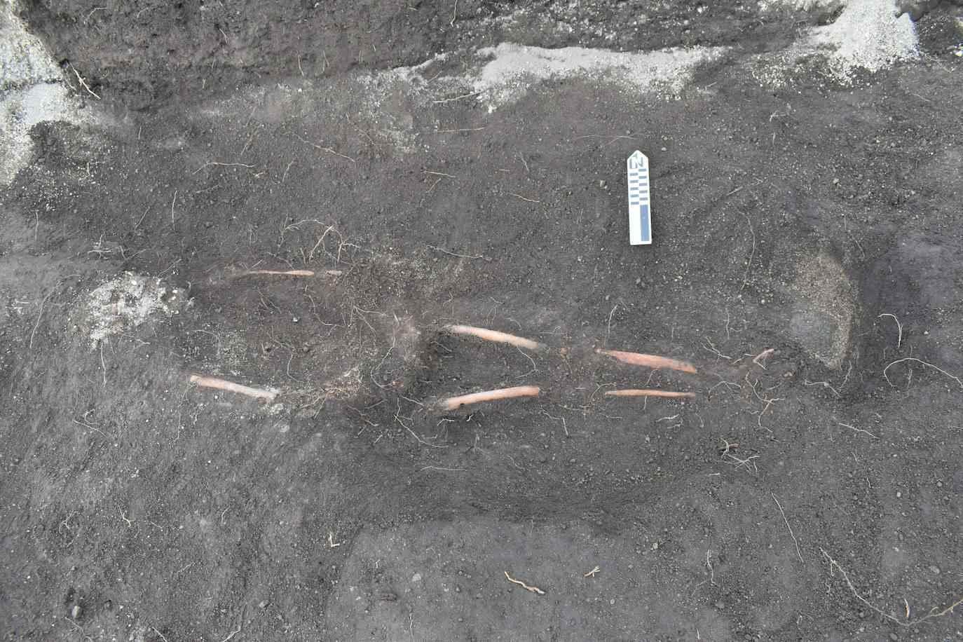 Những phần còn lại, có niên đại 2,900 thế kỷ, được tìm thấy ở Mulaló, một trong mười giáo xứ nông thôn của bang Latacunga, trên độ cao XNUMX mét (Dự án Khảo cổ học EFE / Byron Ortiz / Mulaló - Salatilín).