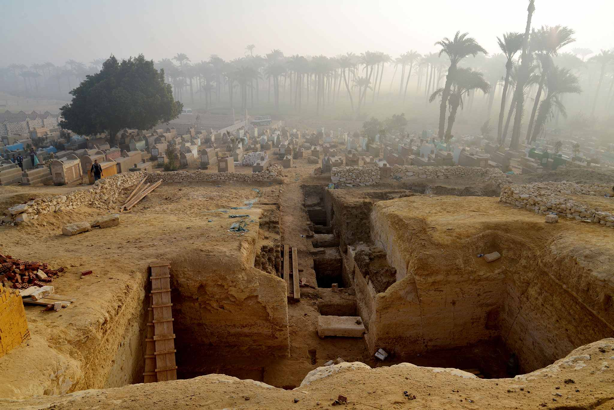 802 tombs discovered in necropolis of Lisht in Egypt, now they discover 'Book of the Dead' 2