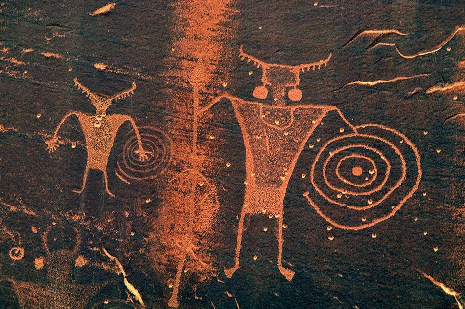 Ancient Hopi Rock Art Of The American Southwest.