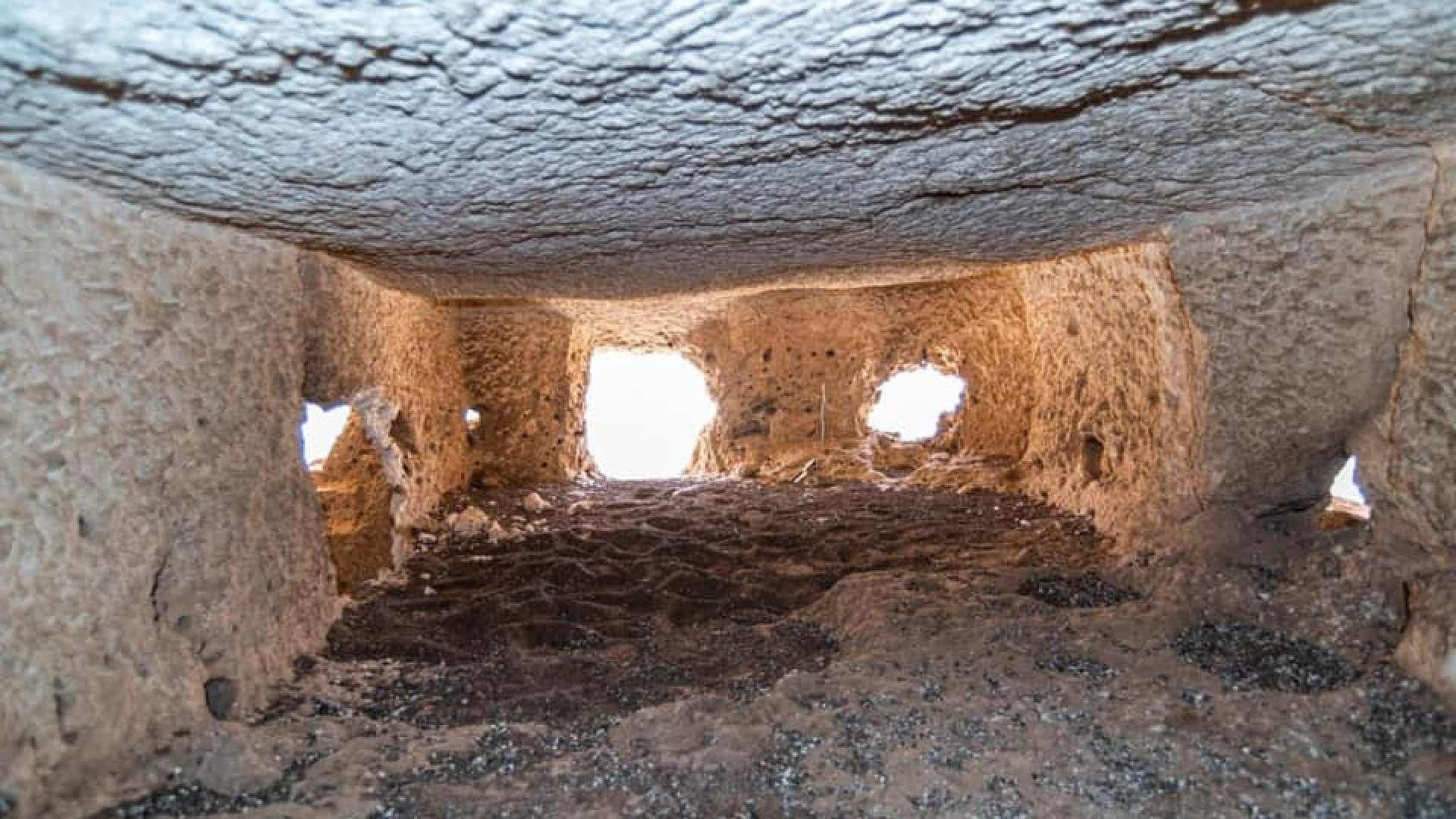 Mysterious chambers created in the rock were found on a cliff in Abydos, Egypt 5