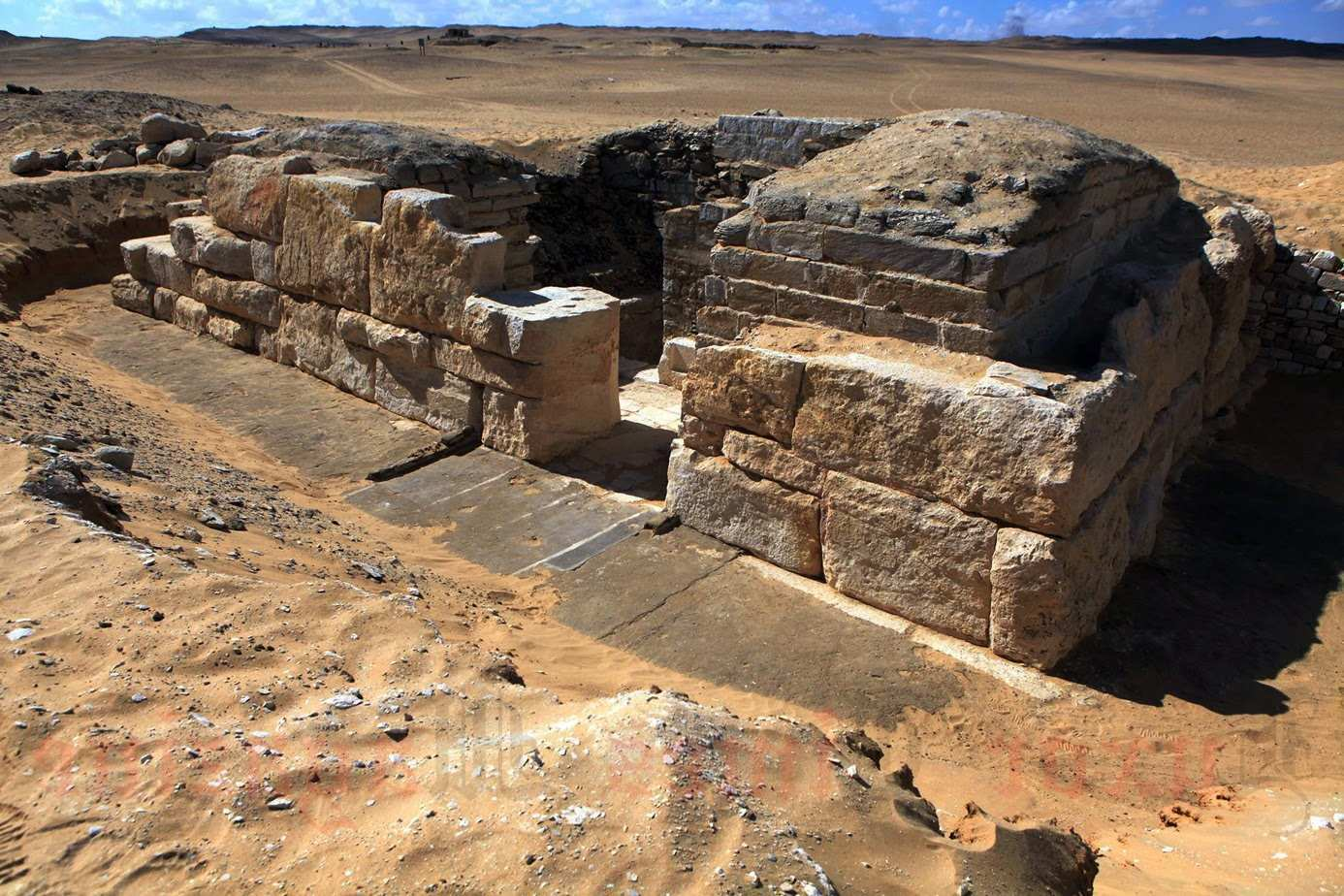 Could this 4,600-year-old tomb of Egyptian queen be evidence that climate change ended the reign of the pharaohs? 2