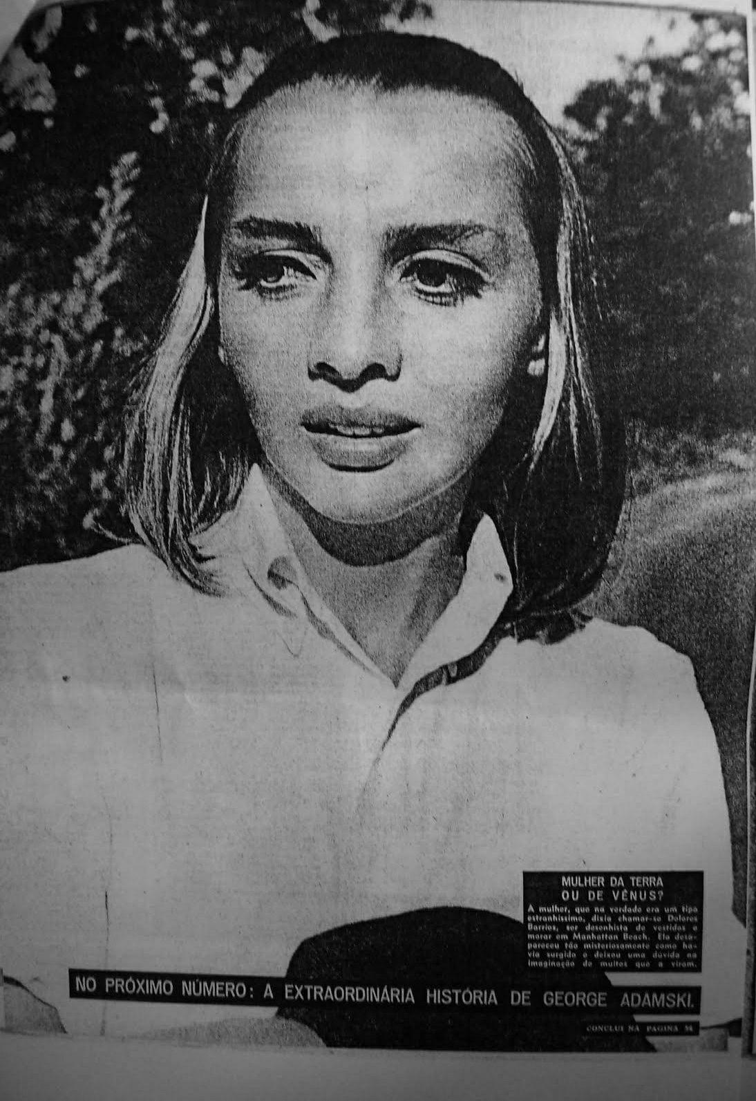 Η γυναίκα περιγράφηκε με περίεργα φυσικά χαρακτηριστικά, προεξέχουσα δομή οστού στο μέσον του μετώπου, που επεκτείνεται στη ρινική μορφή και βαθιά μαύρα μάτια με μεγάλες βλεφαρίδες.