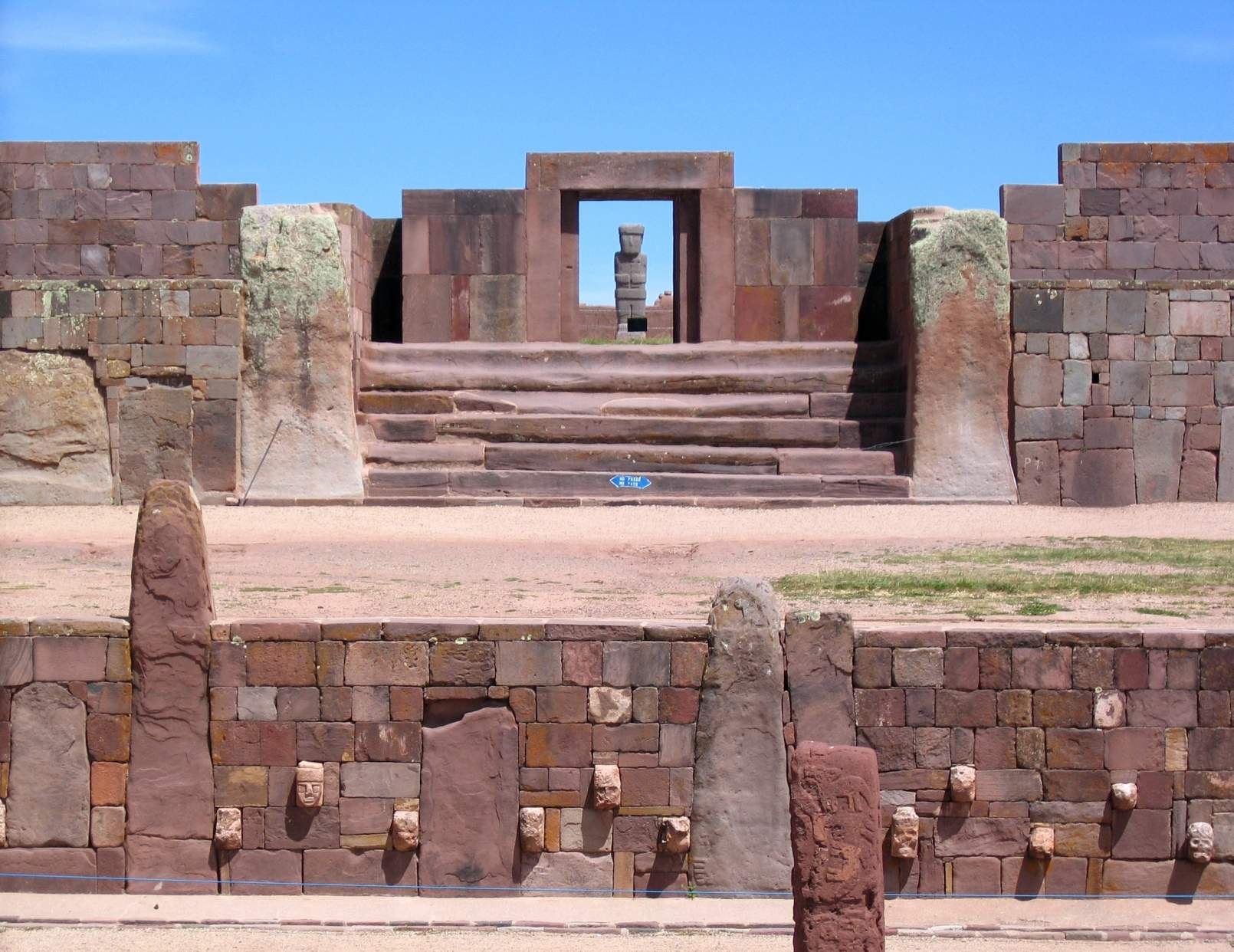 Tiwanaku ruins: Pre-Inca Kalasasaya & lower temples. The typical icon view, with the Ponce Monolith aligned with the Kalasasaya Temple main door. At equinoxes the Sun shines into the Ponce monolith. © Image Credit: Xenomanes | Licensed from DreamsTime.com (Editorial/Commercial Use Stock Photo, ID:28395032)
