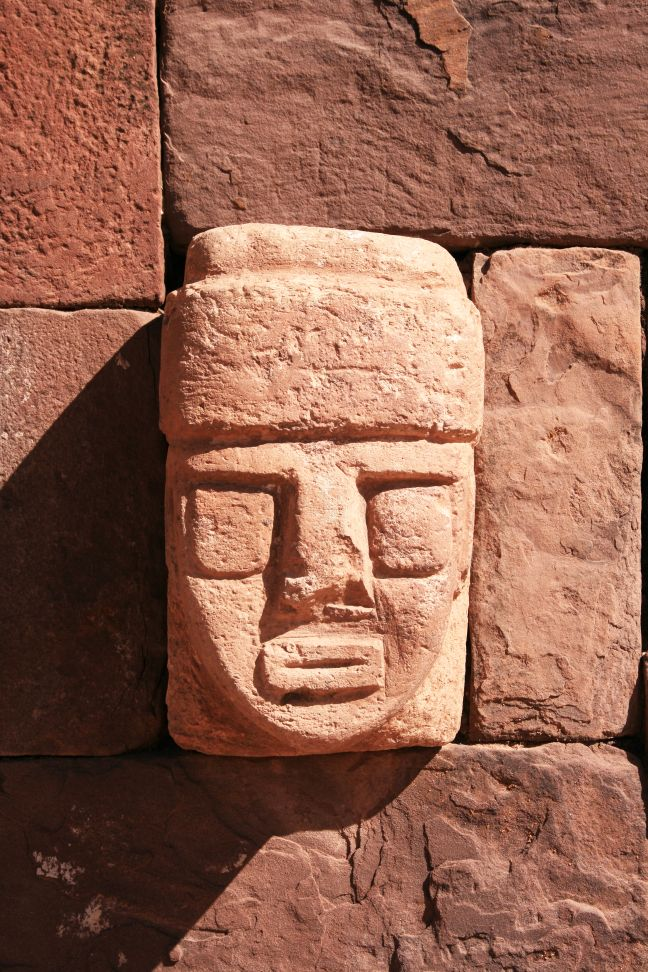 Stone face built into a wall in Tiahuanaco or Tiwanaku. © Image Credit: Steven Francis | Licensed from DreamsTime.com (Editorial/Commercial Use Stock Photo, ID:10692300)