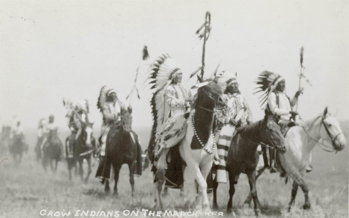 Inheemse Amerikanen beweren dat het Pryor-gebergte de thuisbasis is van de mysterieuze (hobbit-achtige) kleine mensen! 7