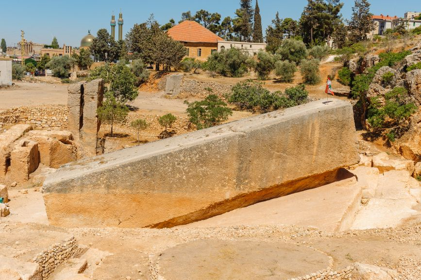 The enormous foundation stone at Baalbek, Lebanon, whose origin remains a mystery. Heliopolis temple complex. © Image Credit: Pavlo Baishev | Licensed from DreamsTime.com (Editorial/Commercial Use Stock Photo, ID:107214851)